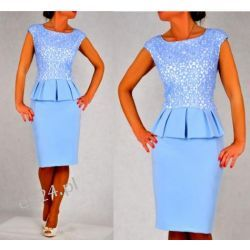 Śliczna sukienka Monari błękit 48