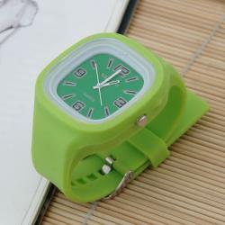 Zegarek gumowy świecący pistacja