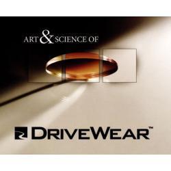 Szkła plastikowe, sferyczne Transitions DriveWear indeks 1,50. Utwardzone z wielowarstwową powłoką antyrefleksyjną oraz warstwą hydrofobową, która zmniejsza efekt parowania soczewek. Oprawki