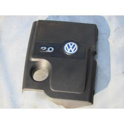 VW Passat B5 Audi A4 FL 2.0 obudowa silnika oslona