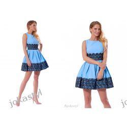 jokastyl Śliczna niebieska sukienka z koronką S 36