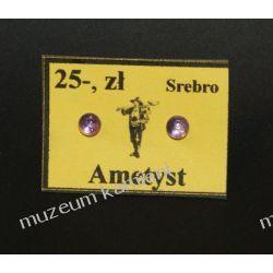 Malutkie kolczyki z jasnego ametystu w srebrze o średnicy 0,4 cm Na rękę