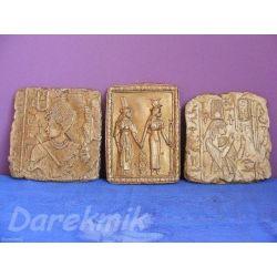 Trzy egipskie płaskorzeżby