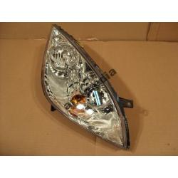 Reflektor prawy Mitsubishi Colt 2004-