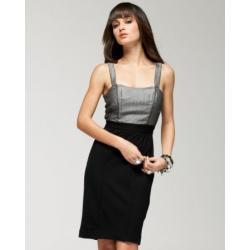 Elegancka midi ołówkowa sukienka BEBE z odkrytymi plecami