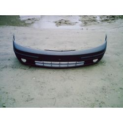 Zderzak przedni Do Renault Laguna rok 2001-2004...