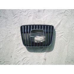 Atrapa przednia Seat Ibiza/Cordoba 1999-2002...
