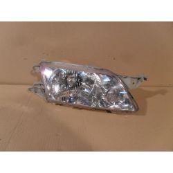 Reflektor prawy Mazda Premacy 1999-
