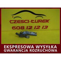 CITROEN C5 02 R PRAWY ZAWIAS MASKI