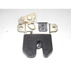 Zamek klapy tył sedan Passat B5 96-00r 3B5827505C Zamki, wkładki, kluczyki
