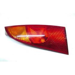 Ford Focus MK1 - LAMPA TYŁ TYLNIA Prawa HB