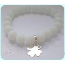 Matowe, białe koraliki z srebrną koniczynką Biżuteria i Zegarki
