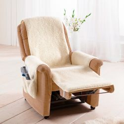 Wełniana narzuta na fotel z kieszonkami bocznymi