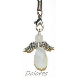 Agatowy aniołek z jadeitową główką na szczęście i bogactowo