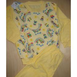 Piżamka chłopięca frotte rozm. 110
