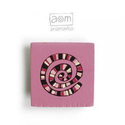 magnes - różowy zakrętas