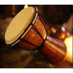 Bębenek do rytuałów magicznych - instrument muzyczny - Djembe