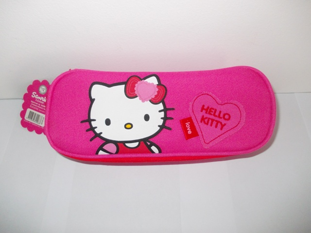 zamówienie moda designerska najlepiej autentyczne Hello Kitty Piórnik Tuba Z Klapką prosto z Danii na Bazarek.pl