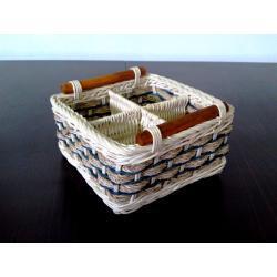 koszyk rattan kwadrat z przegrodami