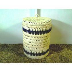 Kosze na pranie z liści palmy kokosowej białe