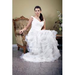 Suknia ślubna kolekcja 2012 model SG02