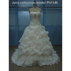 Suknie ślubne kolekcja 2013