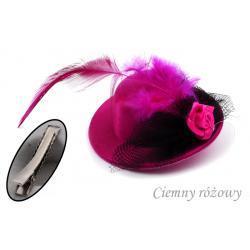 Spinka-broszka kapelusik kolor różowy