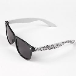 Okulary typu wayfarer przeciwsłoneczne w nutki