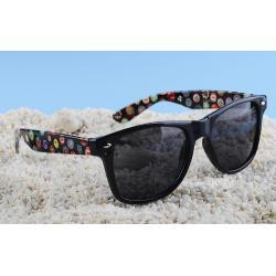 Okulary typu wayfarer przeciwsłoneczne znaczki mix