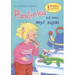 Paulinka juz umie myć ząbki  r.2010