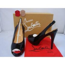 Buty damskie z kolekcji Christian laubutin,wykonane z wysokiej jakości skóry