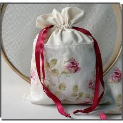 Woreczek (duży) zapachowy na bieliznę - dzika róża+bylica boże drzewko