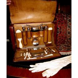 Torba podróżna z akcesoriami kosmetycznymi  XIXw