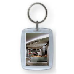 brelok zawieszka bezbarwna akryl kluczy inform opis 40x50