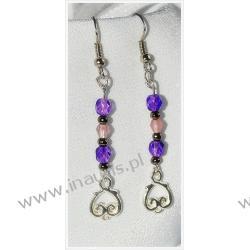 Fioletowe kryształki na długich kolczykach