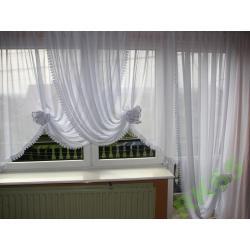 FIRANA Z KWIATAMI Z GIPIURĄ-okno+balk.-karn3-3,4m