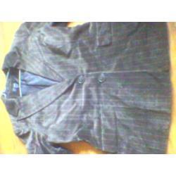 brązowy żakiet firmy H&M