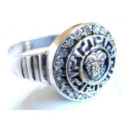 Srebrny pierścionek  rozm 18...