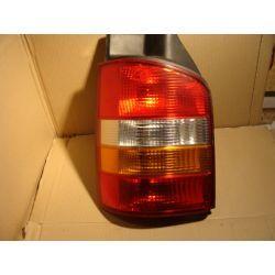 VW Transporter T5 lewa kompletna lampa tył
