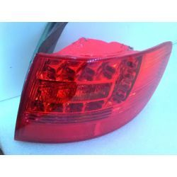 Audi A6 Avant prawa lampa LED