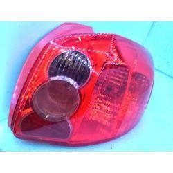 Toyota Auris lampa prawa tylna ładna oryginał