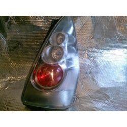 Mazda 5 lampa prawa SPORT uchwyty całe pęknięty klosz