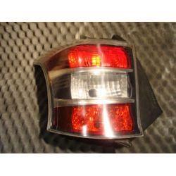Toyota iQ lampa tylna lewa cała oryginał