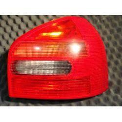 Audi A3 lampa tylna prawa kompletna z wkładem
