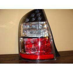 Toyota Prius 2004-08 lampa tylna lewa