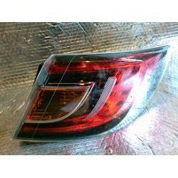 Mazda 6 lampa prawa tylna LED wersja HB klosz i uchwyty całe