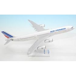 Model AirBus A340-300 Air France 1:200 Wysokie Detale na zamówienie