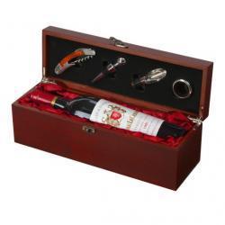 Skrzynka na wino z akcesoriami
