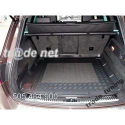 VW TOUAREG II od 2010 do 2014 - bagażnik - mata ochronna
