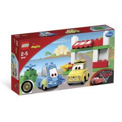 LEGO DUPLO CARS 5818 - LUIGI I JEGO DOM